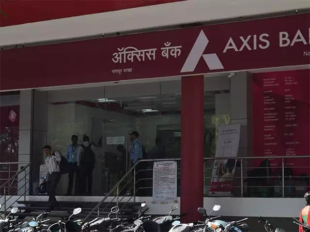 How to Change Mobile Number in Axis Bank - [Full Guide] 4